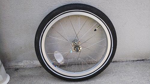 子ども用自転車 フロントタイヤ交換 ホイール 取り外し