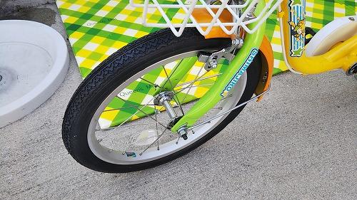 子ども用自転車 フロントタイヤ交換 フレーム取り付け