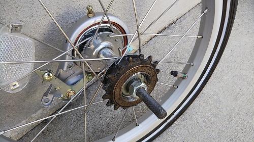 子ども用自転車 リアタイヤ交換 ハブ カセット 汚れ